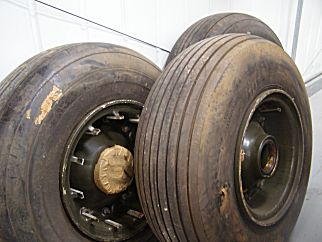 Three spare HLH wheels