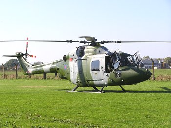 Westland Lynx AH7, XZ208, lands at The Helicopter Museum