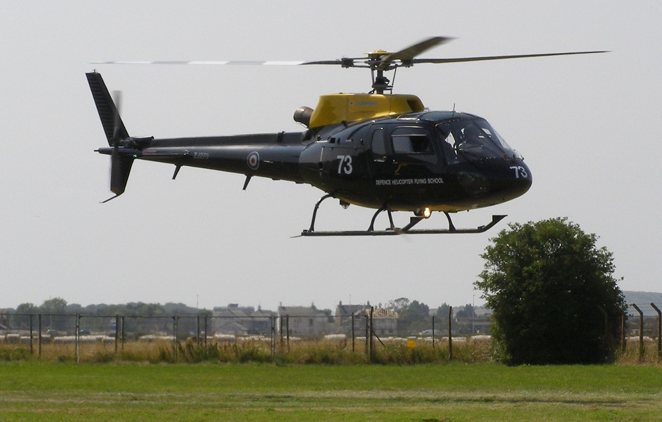 AS350BB Squirrel HT1, ZJ273, lands at The Helicopter Museum in Weston ...